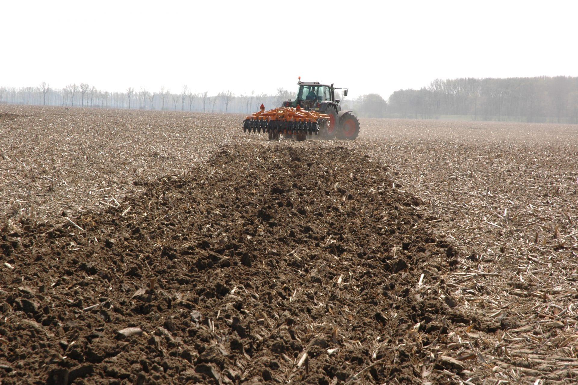 Z pohľadu rozkladu organickej hmoty je potrebné zabezpečiť v čo možno najdlhšom čase aeróbny rozklad.